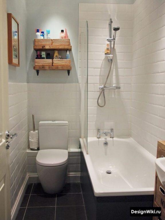 Белый кабанчик в ванной в хрущевке с туалетом