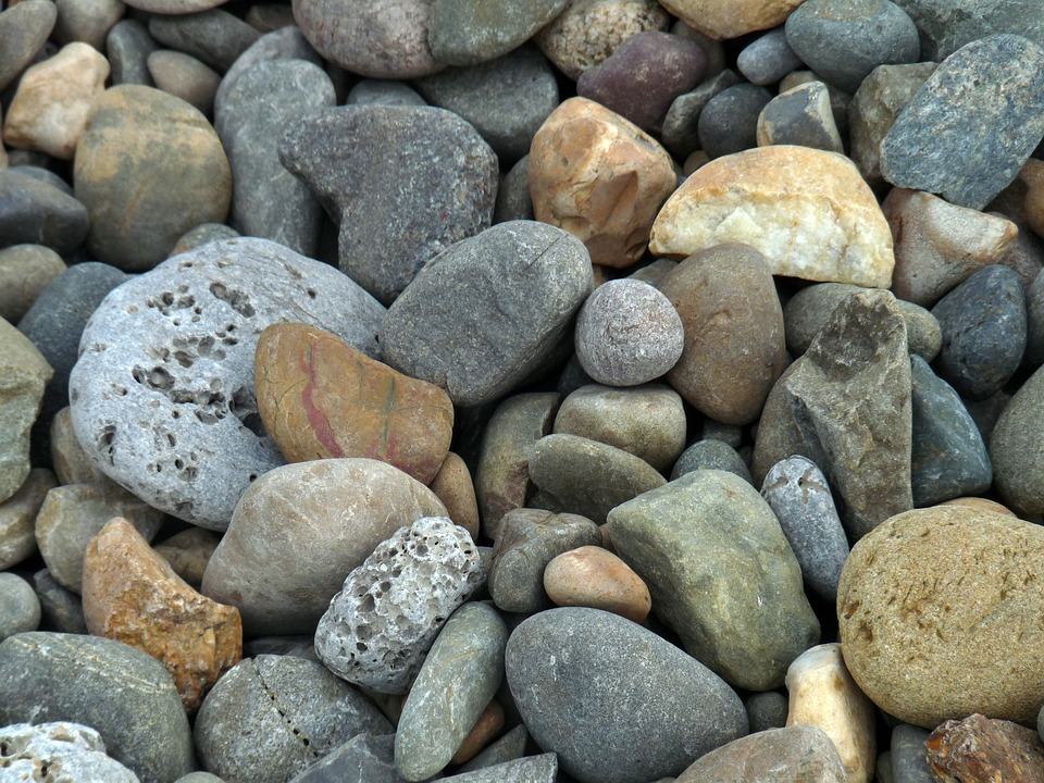 Валунный камень, булыжник