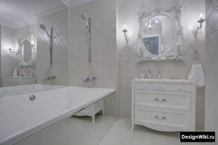 Ванная в классическом стиле с вертикальной укладкой