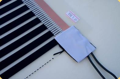 Вид заизолированного контактного зажима с подключенными проводами