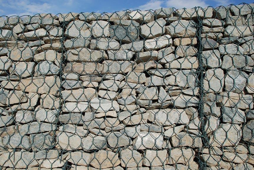 Даже после распада сетки подпорные конструкции сохранят форму дополнительно свыше 90 лет