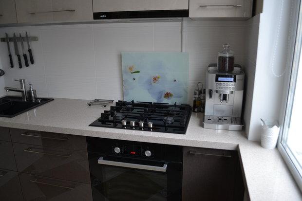 Дизайн кухни в хрущевке в современном стиле