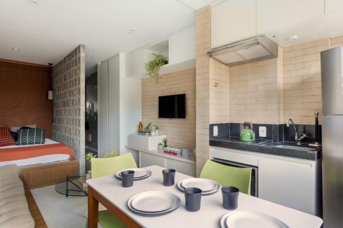 Дизайн маленькой узкой квартиры-студии