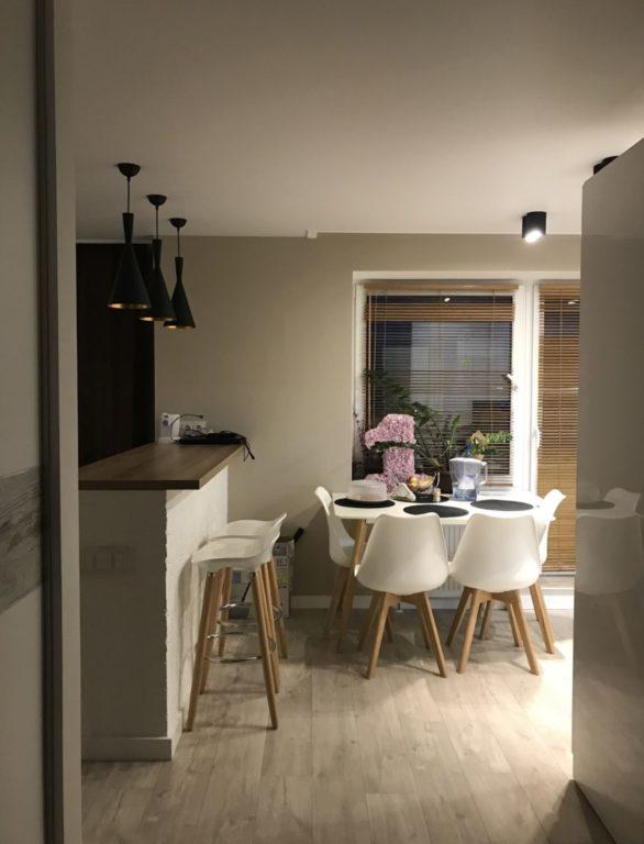 Зонирование студии на кухню и гостиную