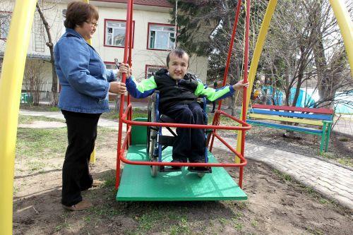 Качели для инвалидов