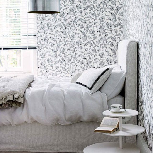 Для тесной спальни недопустимы темные цвета обоев