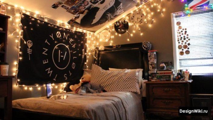 Неформальное украшение комнаты девочки подростка фото и гирляндами