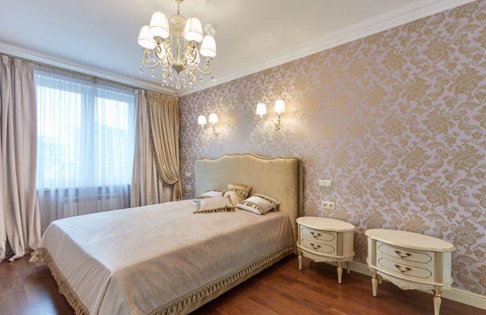 Розовые золотые обои для спальни