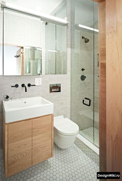 Серый и дерево в ванной в хрущевке