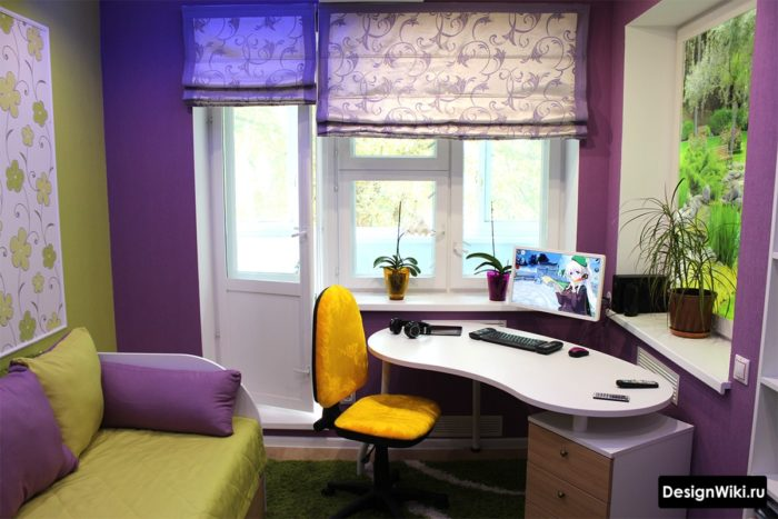 Яркая комната подростка-девочки в фиолетовом и фисташковом цвете