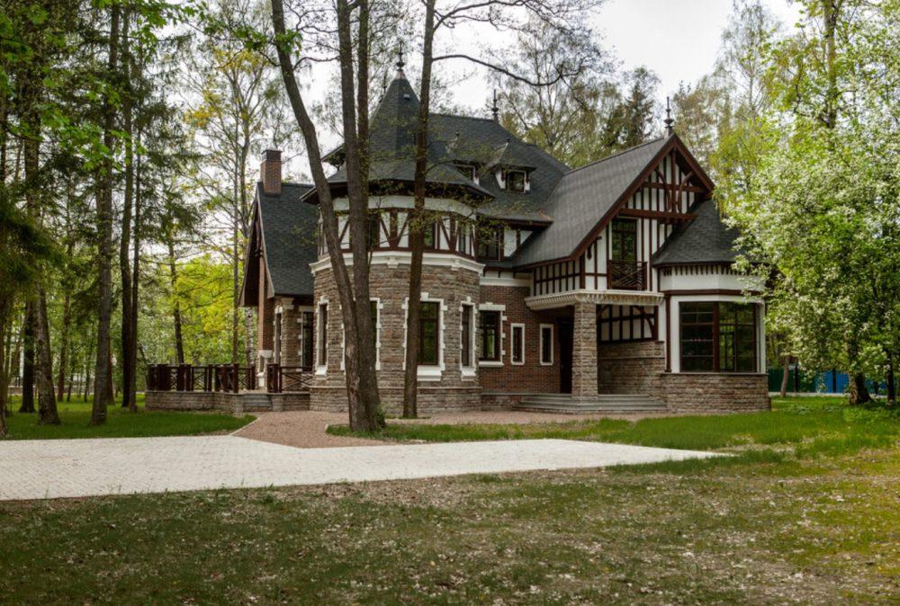 комбинированная крыша на доме