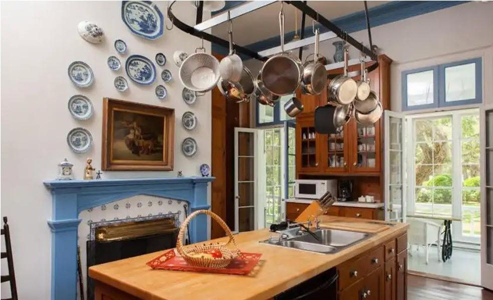 обустроенная летняя кухня