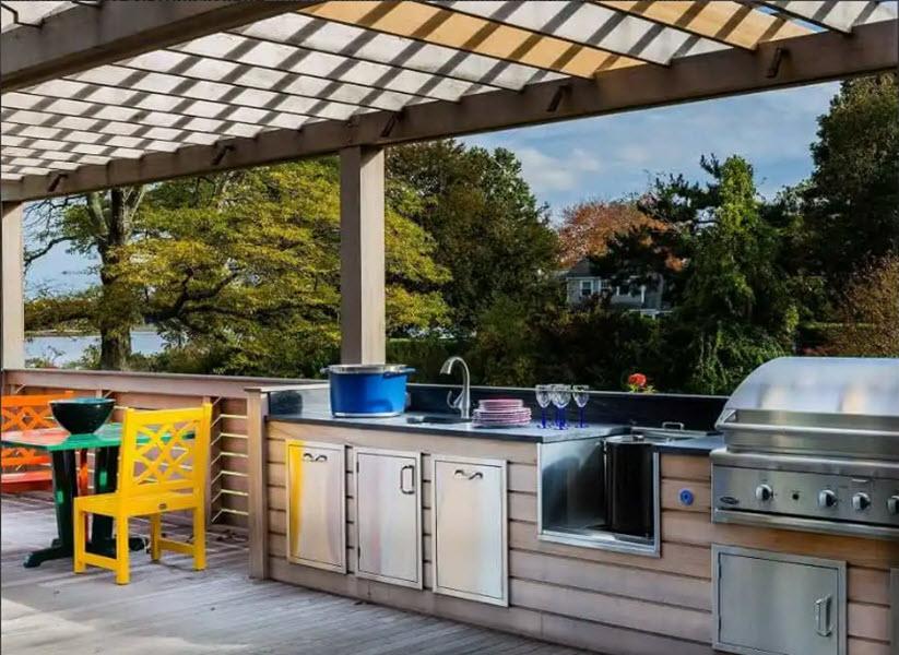 рабочая зона летней кухни