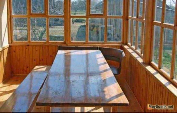 Остекление веранд и террас деревянными рамами