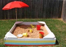 Крыша-зонтик для песочницы