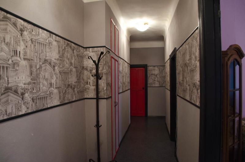 Обои в коридор - 45 фото с лучшими идеями