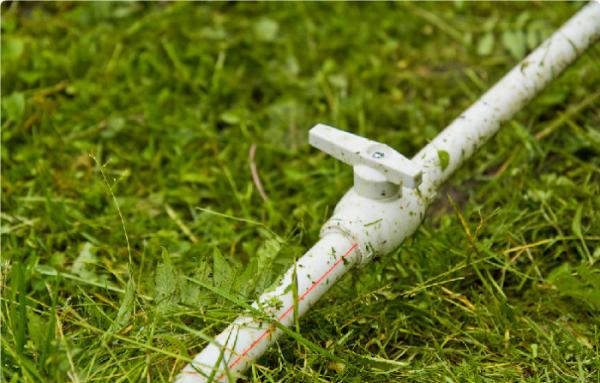Пластиковые трубы для водопровода на даче