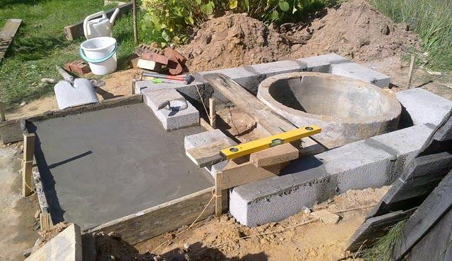 постройка туалета