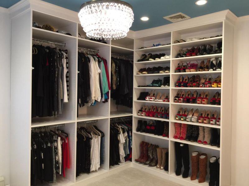 courtney-blaymore_dressing-room_3-jpg-rend-hgtvcom-1280-960