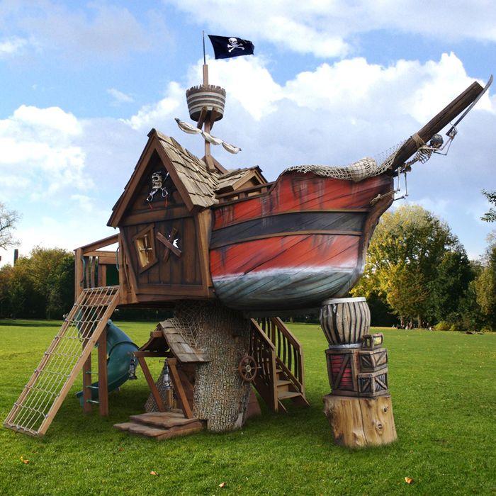 Иметь свой пиратский корабль мечта почти каждого ребенка