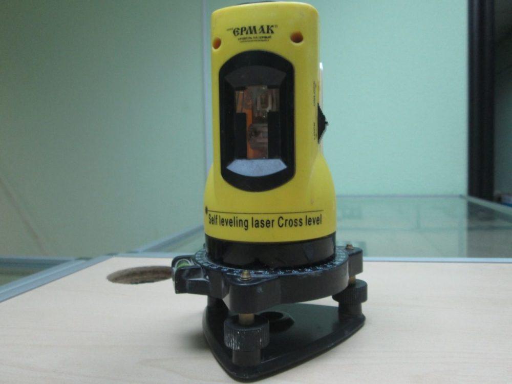 «Ермак» 659-023 – лучший лазерный нивелир для улицы