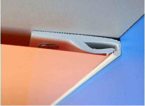 Как снять натяжной потолок с клипсовым (кулачковым) типом крепления | Как снять натяжной потолок своими руками