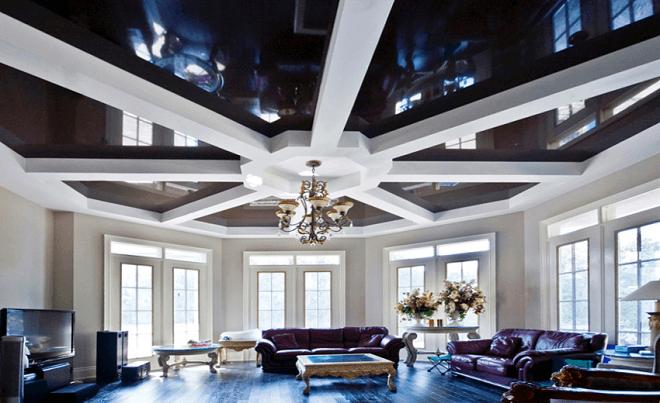 Натяжной потолок черно белый в стиле фьюжн