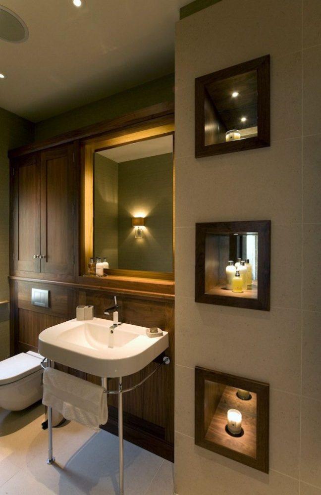 Зеркальная ниша добавит света и тепла комнате