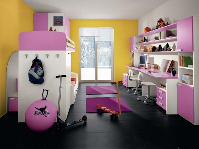 Организация зоны учебы в комнате для девочек