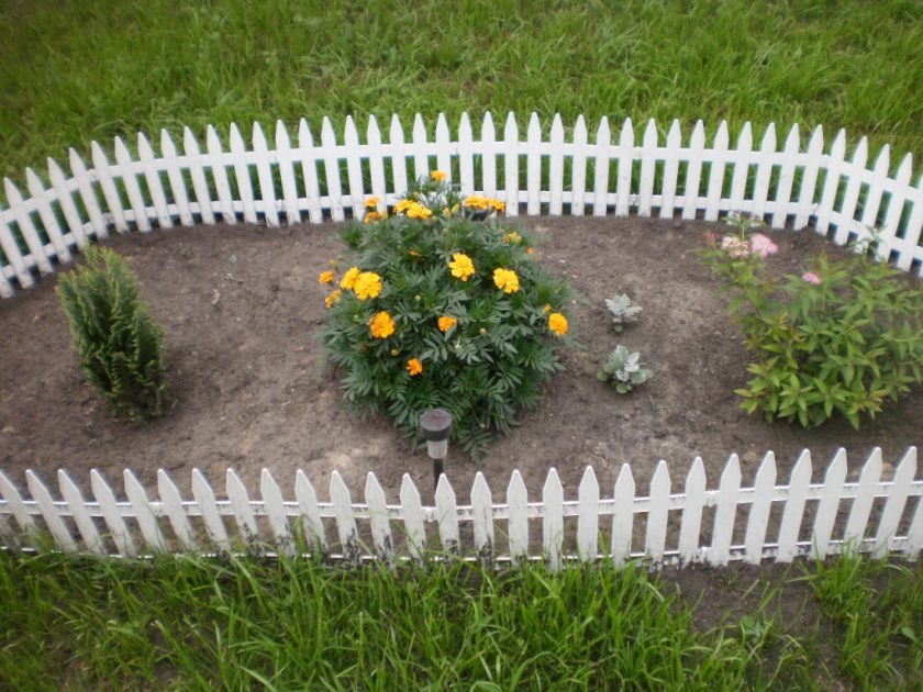 Flower beds at the cottage