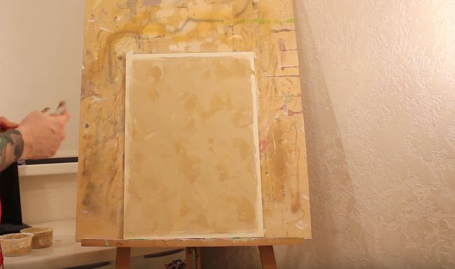 Полностью готовый второй слой венецианской штукатурки с элементами обоих тонов и сформированным рисунком