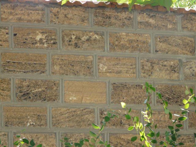 Пористые материалы обрабатывайте укрепляПористые материалы обрабатывайте укрепляющими грунтамиющими грунтами