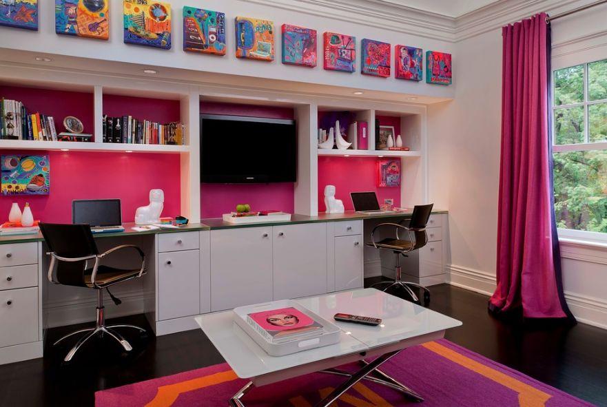 Рабочее место в комнате для девочек-подростков