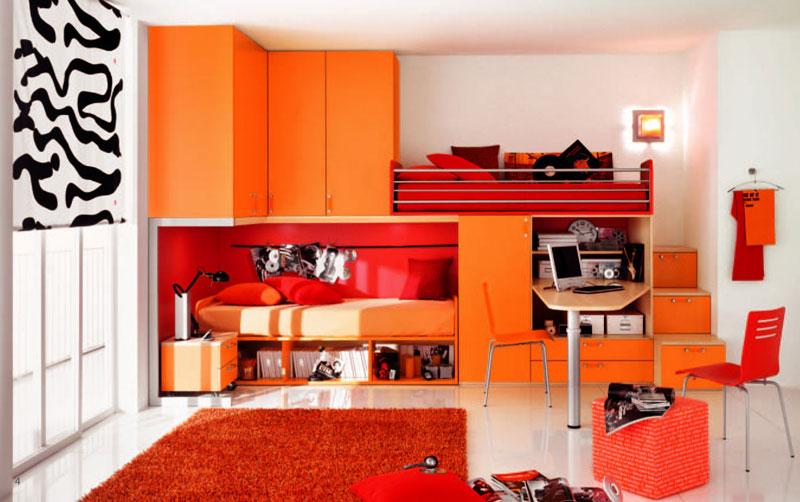 Яркая комната в оранжевом цвете