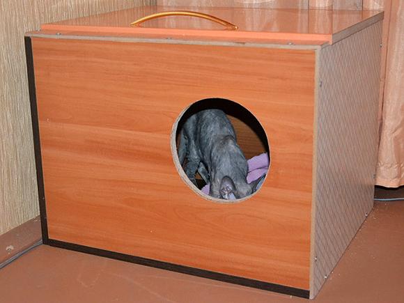 Дом для кошки из тумбочки