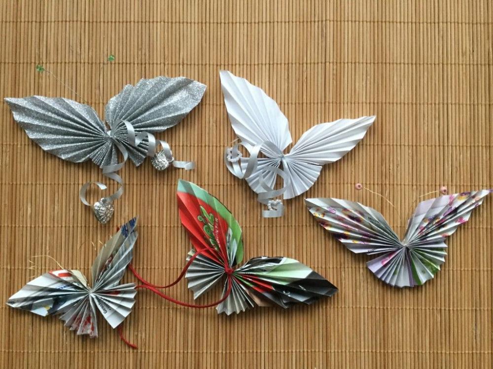 Красивые цветные бабочки из старого журнала