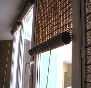 Бамбуковые жалюзи прекрасно подойдут для балкона