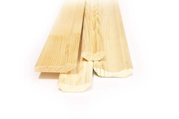 Плинтуса из дерева