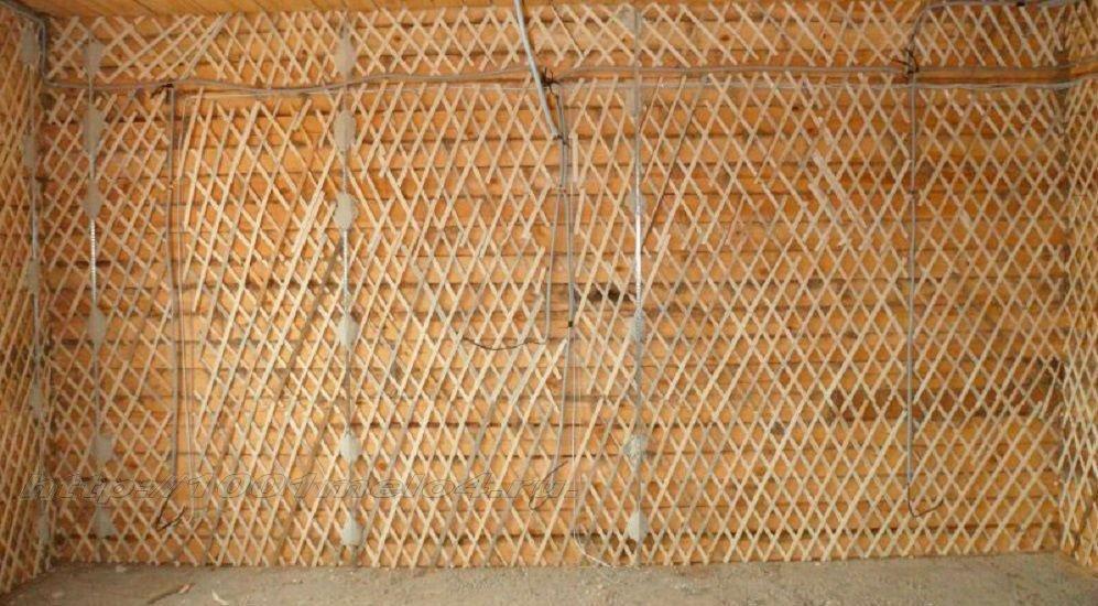 Подготовленная деревянная стена