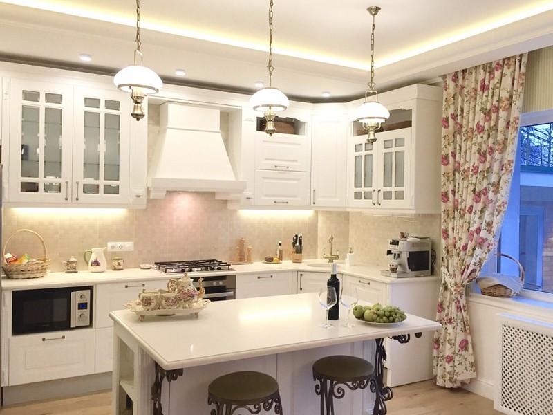 Кухня в панельном доме: 17 практических советов от дизайнеров (100+ реальных фото примеров)