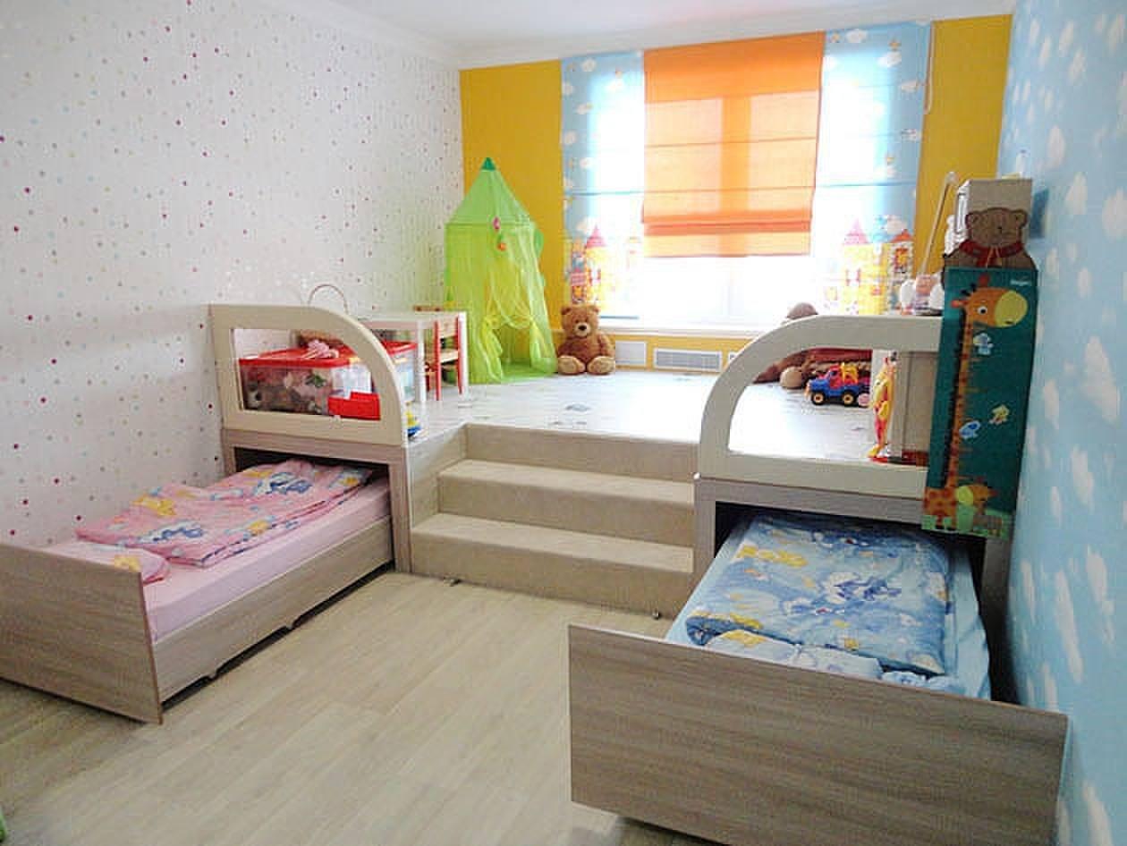 выдвижные кровати в детской для девочек