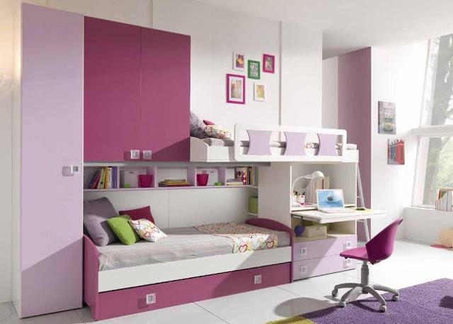 фиолетовая детская с кроватью и столом