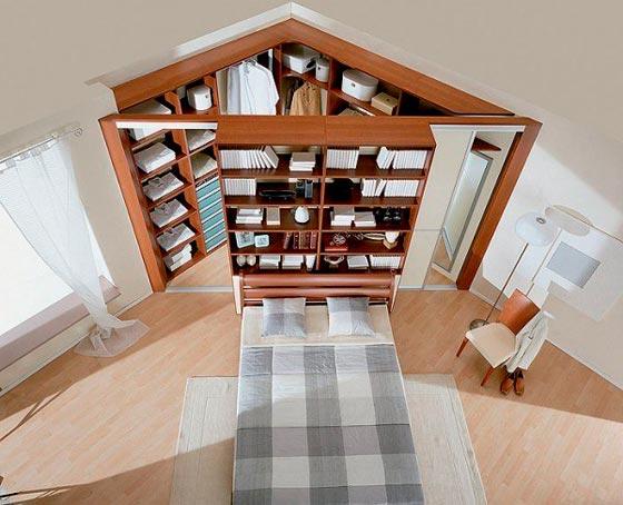 угловая гардеробная комната маленького размера