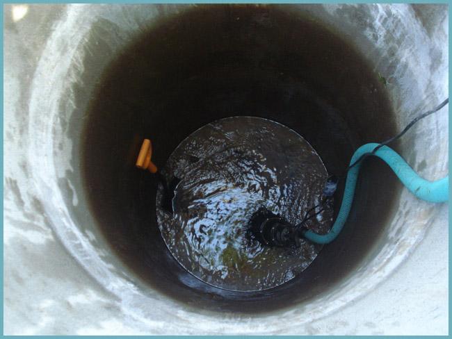 как использовать насос для чистки колодца