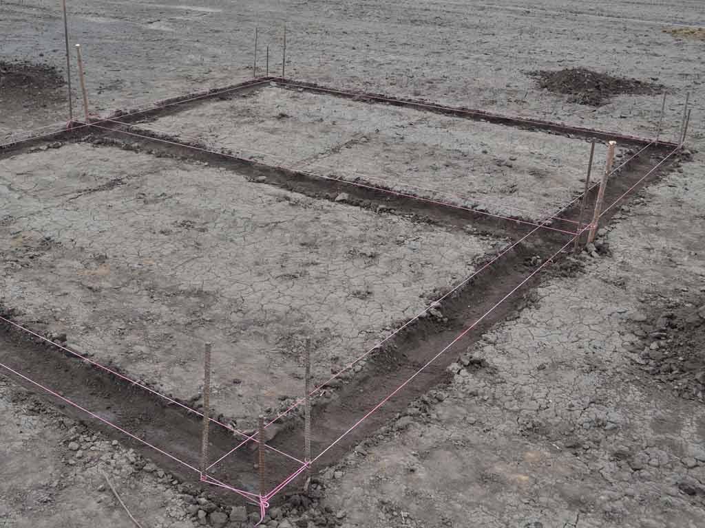 Контуры фундамента будущей постройки