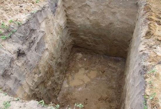 яма под сооружение