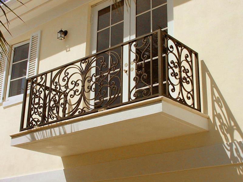 Балкон в вашем доме или квартире может стать именно тем местом, где вы сможете остаться наедине и отдохнуть, местом для релаксации