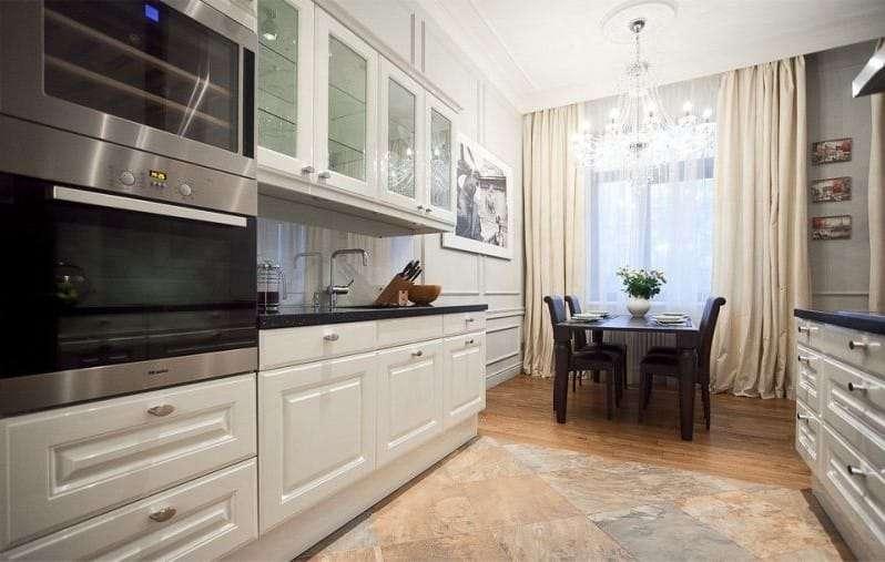 узкая кухня совмещённая с гостиной