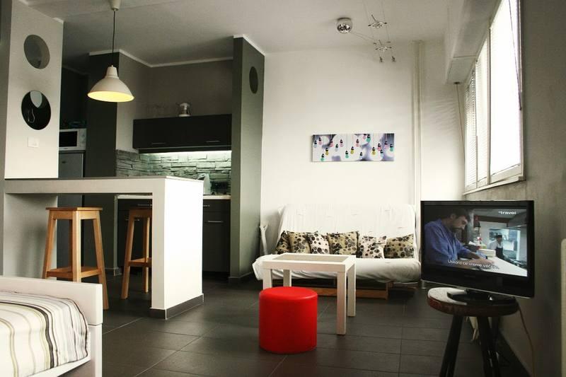 Квартира-студия с одним окном