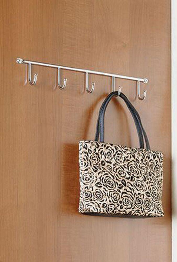 Планка с крючками для сумок